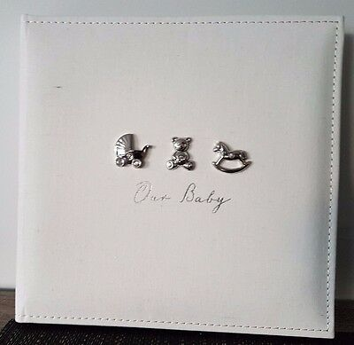 Our Baby - Bambino photo collage album - by Juliana - Tiny Fingers