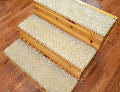 "Dean Premium Carpet Stair Treads 30"" x 9""- Scallop Beige Wool (13)"