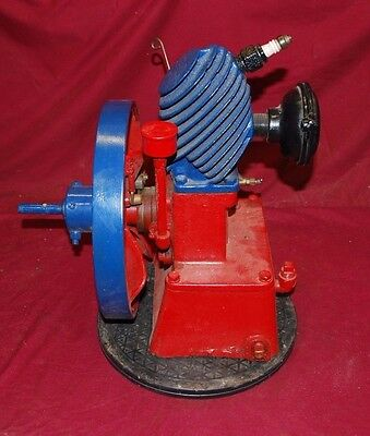 Maytag Upright Gas Engine Motor Hit & Miss Wringer Washer