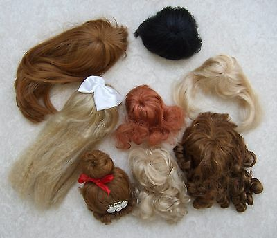 Vintage Dolls Wigs x 8, different styles, colours & sizes, all in used condition
