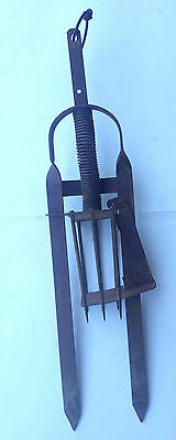 Victor, Plunger style Mole Trap, used. L960