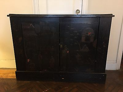 Vintage Black Lacquer Chinoiserie Three Shelf Narrow Sideboard Cabinet