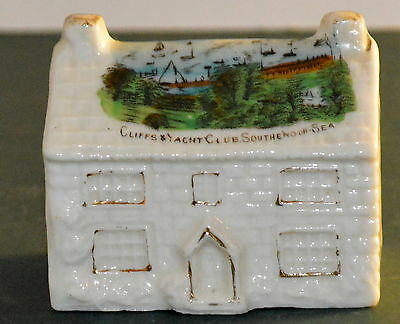 British Manufacture Crested Ware Cottage - Cliffs Yacht Club Southend On Sea