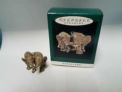 HALLMARK Keepsake Miniature Ornament Elephants 1996 Noah's Ark Series