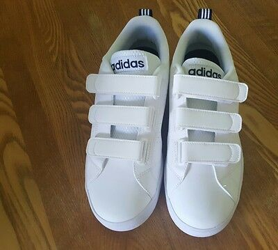 BNWOT Mens Adidas Neo white trainers size 6