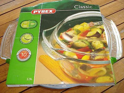 New Pyrex 112A000/5643 Casserole Dish Round Easy Grip 2.5 Litre with lid