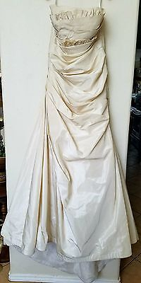 Gorgeous Watters Brides Wedding Dress Color Oyster Size 6 Bridal