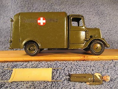 Britains Army Ambulance with Wounded man and Stretcher ... No Driver
