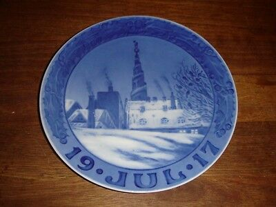 1917 Christmas Plate. Church of Our Savour in CPH. ROYAL COPENHAGEN Fact. 1