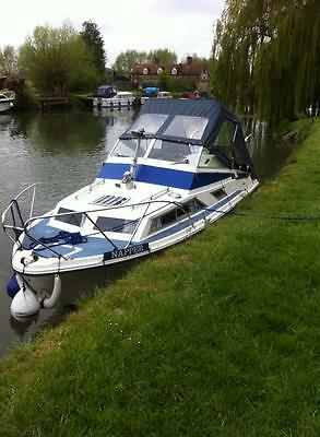 Fairline Holiday II River Boat 'Napper'