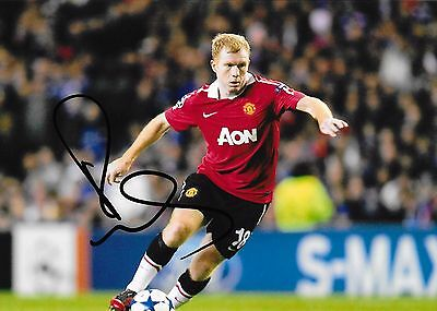 """Paul Scholes  (Manchester Utd) hand signed 6""""x8"""" photo + proof of signing & COA"""