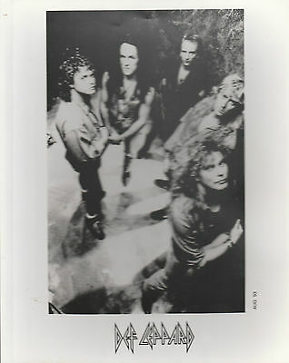 "DEF LEPPARD VERY SCARCE 1993 UK 100% OFFICIAL 10"" x 8"" BLACK & WHITE PROMO PHOTO"