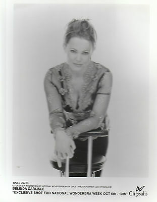 "BELINDA CARLISLE 1996 UK VERY SCARCE 10"" x 8"" BLACK & WHITE PUBLICITY PHOTO"