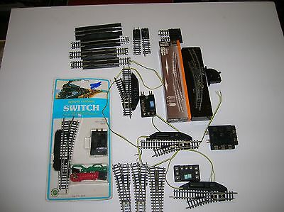 N Scale 5 Working Automatic Switches plus extra pieces   Lot # 11110