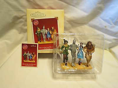 Wizard of Oz-Hallmark 2005 Ornament-Off To See The Wizard-Dorothy and Friends