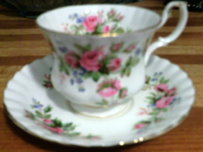 Royal Albert Mose Rose tea cup and saucer