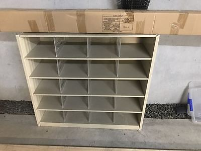 Metal Pigeon Hole Unit with Shelves 20 Hole