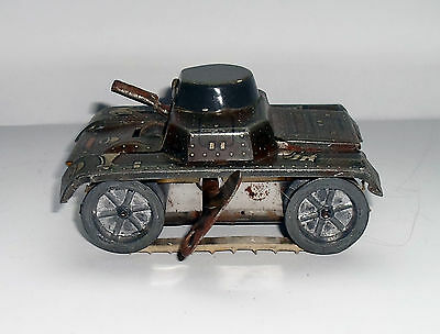 vintage wells of london tin plate wind up tank, spares/repairs or restoration,