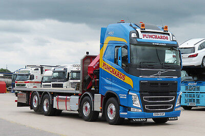 Punchards Volvo FH   Colour Truck Photograph