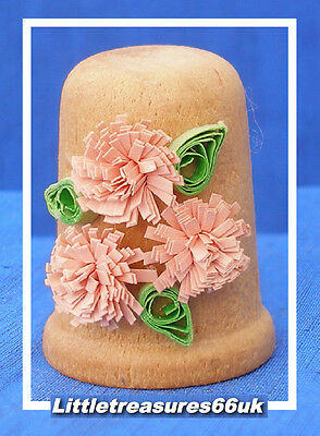 Turned Wood Appliqué Flowers Thimble....