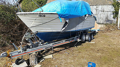 Nearly New SBS R4 2600 Twin Axle Trailer & Teal 23ft Cabin Cruiser and EXTRAS!!!