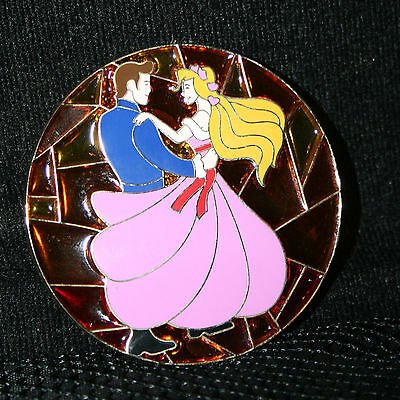Disney Shopping Stained Glass - Enchanted - Giselle and Robert LE100 pin