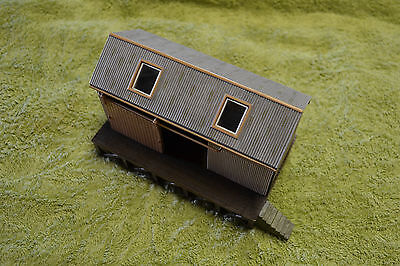 BACHMANN (Scenecraft) 44-006 OO/HO Corrugated Goods Shed. MINT UNBOXED CONDITION