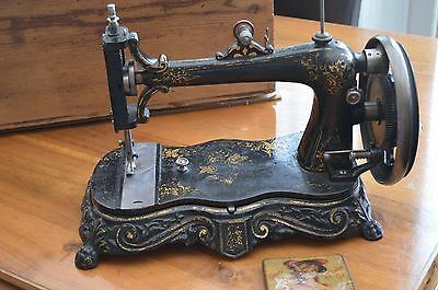 SEWING MACHINE LATE 18OOs WITH WOODEN BOX