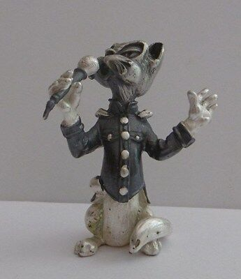 Novelty Decorated Miniature White Metal Figure Cat Musician Singer Microphone