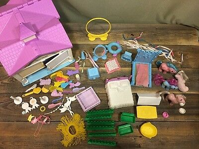 Vintage Hasbro My Little Pony Show Stable With Lots Accessories 4 Ponies 80's