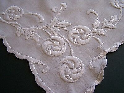 Vintage Hand Embroidered Mountmellick Tray Cloth Or Cushion Cover Front? Bedroom