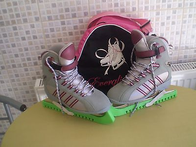 Womens Softec Ice Skates,uk Size 5-6,with Skates Bag And Blade Guards.