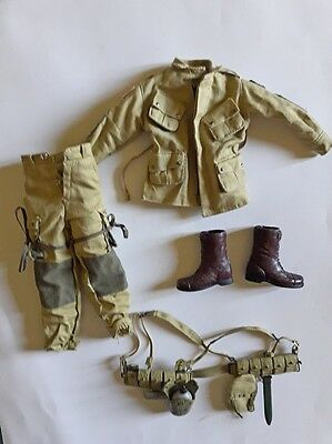 Action figure 1/6 - DRAGON WWII US uniform and equipment
