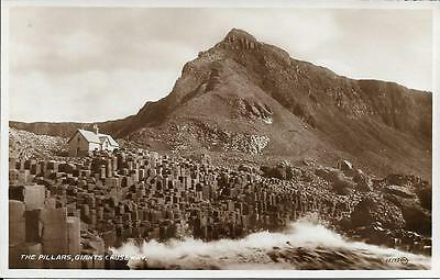 Old Postcard The Pillars Giants Causeway Antrim N Ireland
