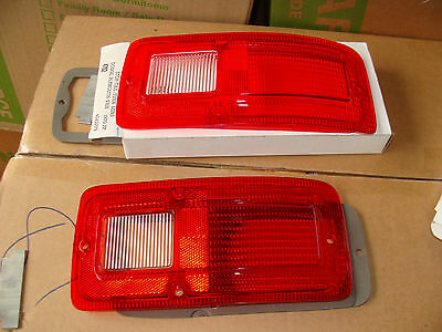 A pair of 1970-1977 dodge and plymouth van tail lightl lenses  4702  D-20