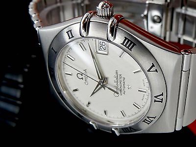 Excellente OMEGA CONSTELLATION CHRONOMETER Automatic Herren Uhr in Stahl