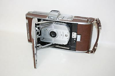 POLAROID Vintage Model 95B Instant Picture Collectible Photography Land Camera