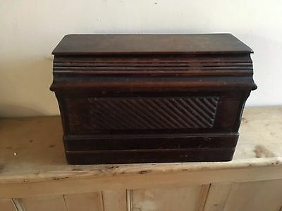 Vintage Singer Sewing Machine Lovely Cover Hand Working