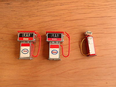 Vintage toy ESSO petrol pumps - Dinky etc.