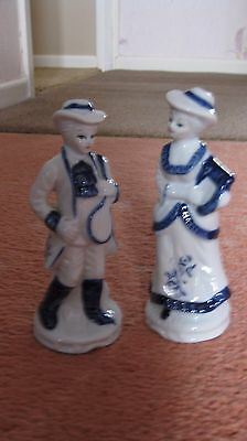 Blue and White lady and man  Figurines