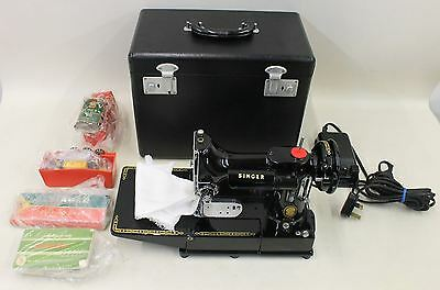 SINGER 222K Featherweight Perfect Portable Collectable Sewing Machine 230-250V