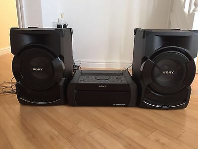 Sony Shake X1D Audio System with BLUETOOTH®