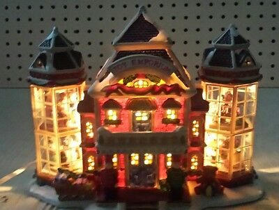 2004  3 - D lighted carole towne toy emporium / discontinued