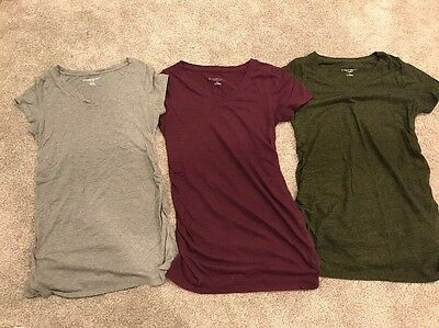 Lot of 3 Liz Lange Maternity V-neck Tees, Size XS