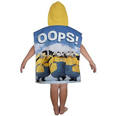 Despicable Me Minions Bello Hooded Poncho Towel New