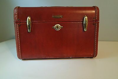 Vintage Samsonite small luggage train case