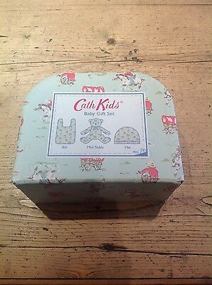 Cath Kids Baby Gift Set With Bib, Teddy And Hat Brand New In Case