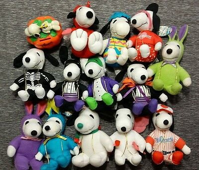 Peanuts Snoopy Whitmans LOT of 14 Plush Easter Valentines Halloween Easter Plush