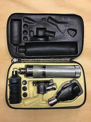 Welch Allyn Diagnostic Set Otoscope Ophthalmoscope 2.5v Battery Case