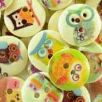 20 Wooden 15Mm Owl Buttons Craft, Sewing, Crochet, Card Making Etc...